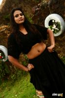 Avalukkenna Azhagiya Mugam Latest Stills (7)