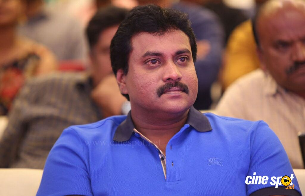 Sunil at Silly Fellows Pre Release Event (7)