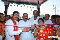 Pranitha Inaugurates Videos Silks Showroom (16)