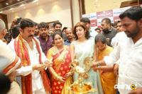 Pranitha Inaugurates Videos Silks Showroom (4)