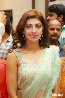 Pranitha Inaugurates Videos Silks Showroom (9)