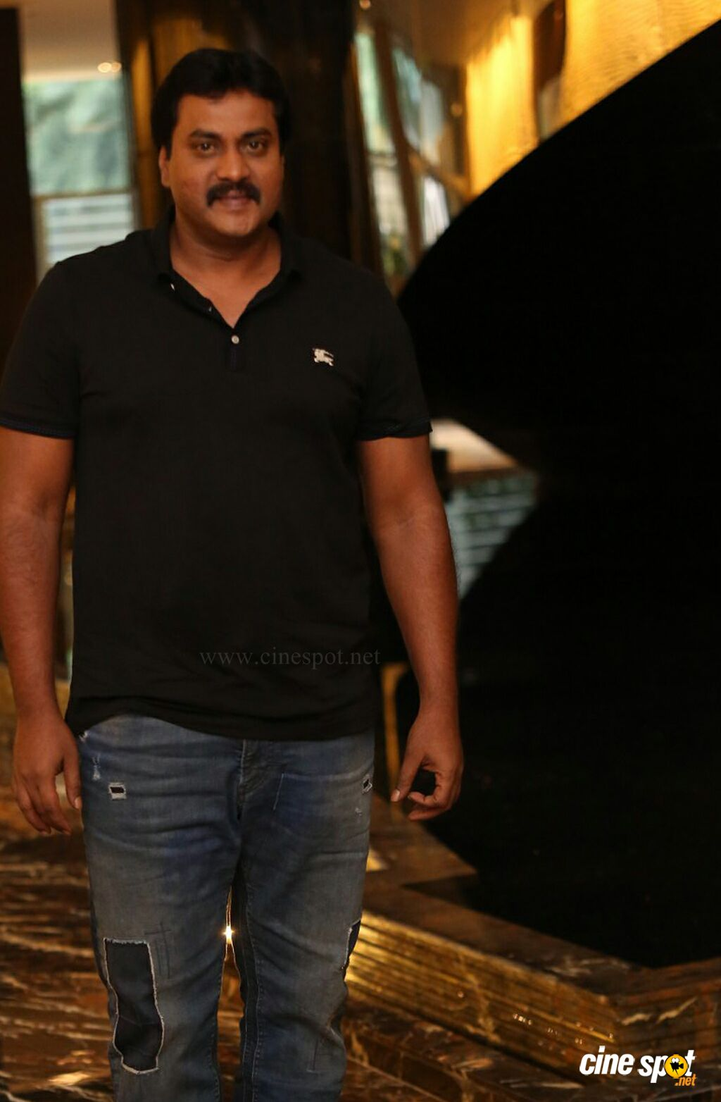 Sunil at Aravinda Sametha Movie Press Meet (4)