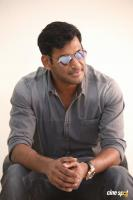 Vishal Interview Photos (5)