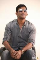 Vishal Interview Photos (6)