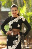 Stefi Patel at Ninnu Talachi First Look Launch (3)