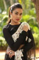 Stefi Patel at Ninnu Talachi First Look Launch (31)