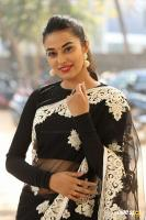 Stefi Patel at Ninnu Talachi First Look Launch (41)