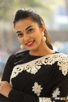 Stefi Patel at Ninnu Talachi First Look Launch (42)