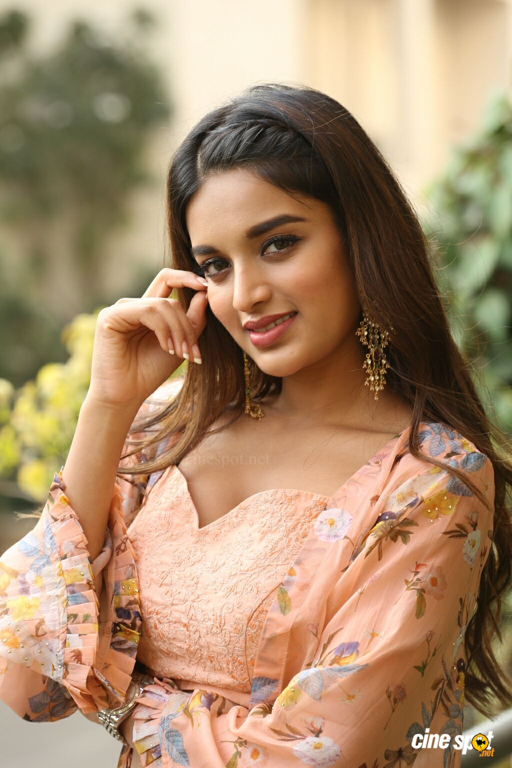 Nidhhi Agerwal Latest Gallery (21)