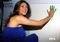 Sushmita Sen Crowns Enthralls Children I Am Princess 2010