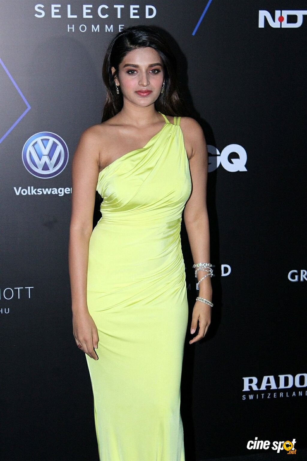 Nidhhi Agerwal at GQ Best Dressed Awards 2019 Red Carpet (3)