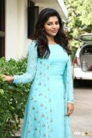 Athulya Ravi at Suttu Pidikka Utharavu Press Meet (2)