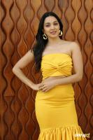 Actress Kiara Advani Photos (5)