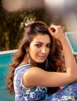 Catherine Tresa Latest Pictures (13)