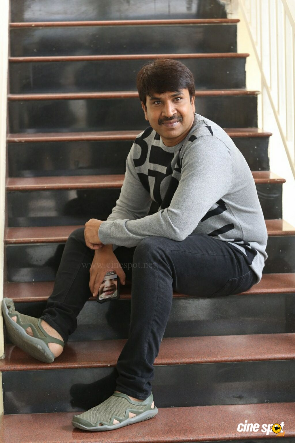 Srinivas Reddy Interview Photos (13)