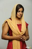 Iniya in Thakkol (2)