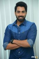 Choosi Choodangaane Hero Shiva Kandukuri  Interview Photos (5)