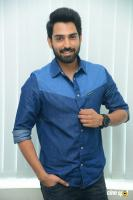 Choosi Choodangaane Hero Shiva Kandukuri  Interview Photos (6)