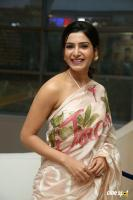 Samantha at Jaanu Movie Thanks Meet (15)