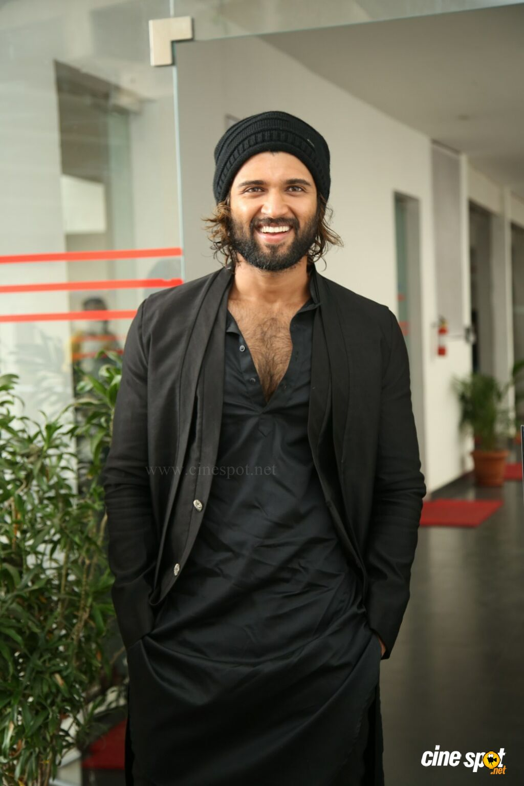 World Famous Lover Hero Vijay Devarakonda Interview Photos (20)