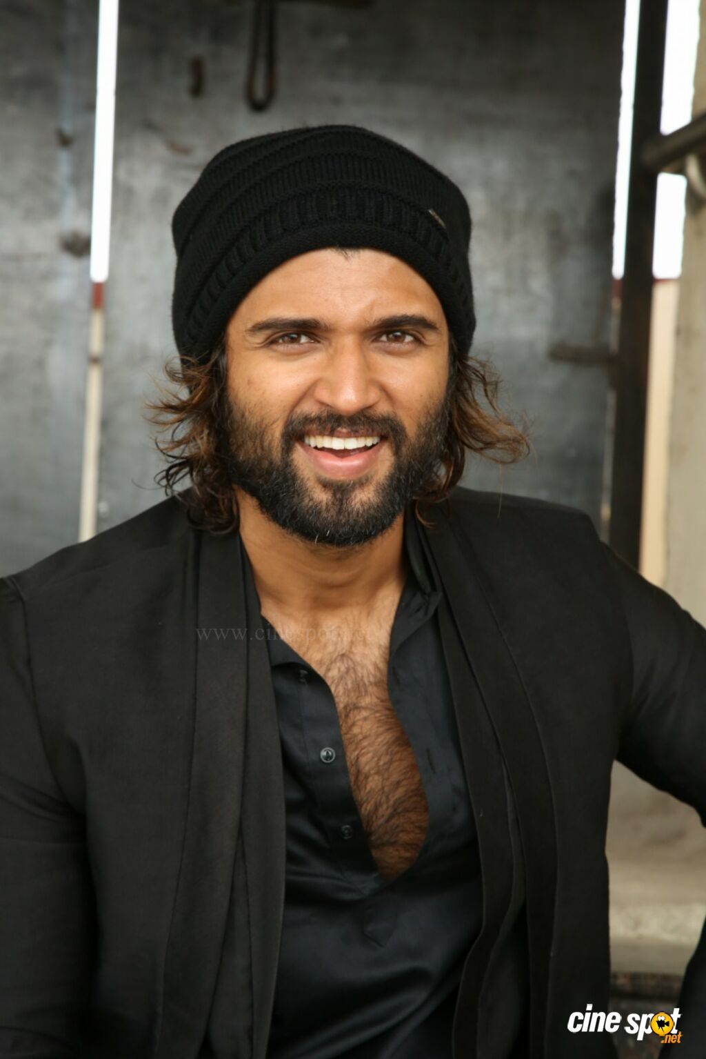 World Famous Lover Hero Vijay Devarakonda Interview Photos (26)