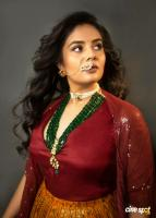 sreemukhi photos (1)
