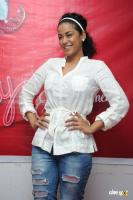 Mumaith Khan actress photos (2)