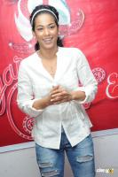 Mumaith Khan actress photos (36)