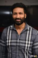 Gopichand south actor photos,stills