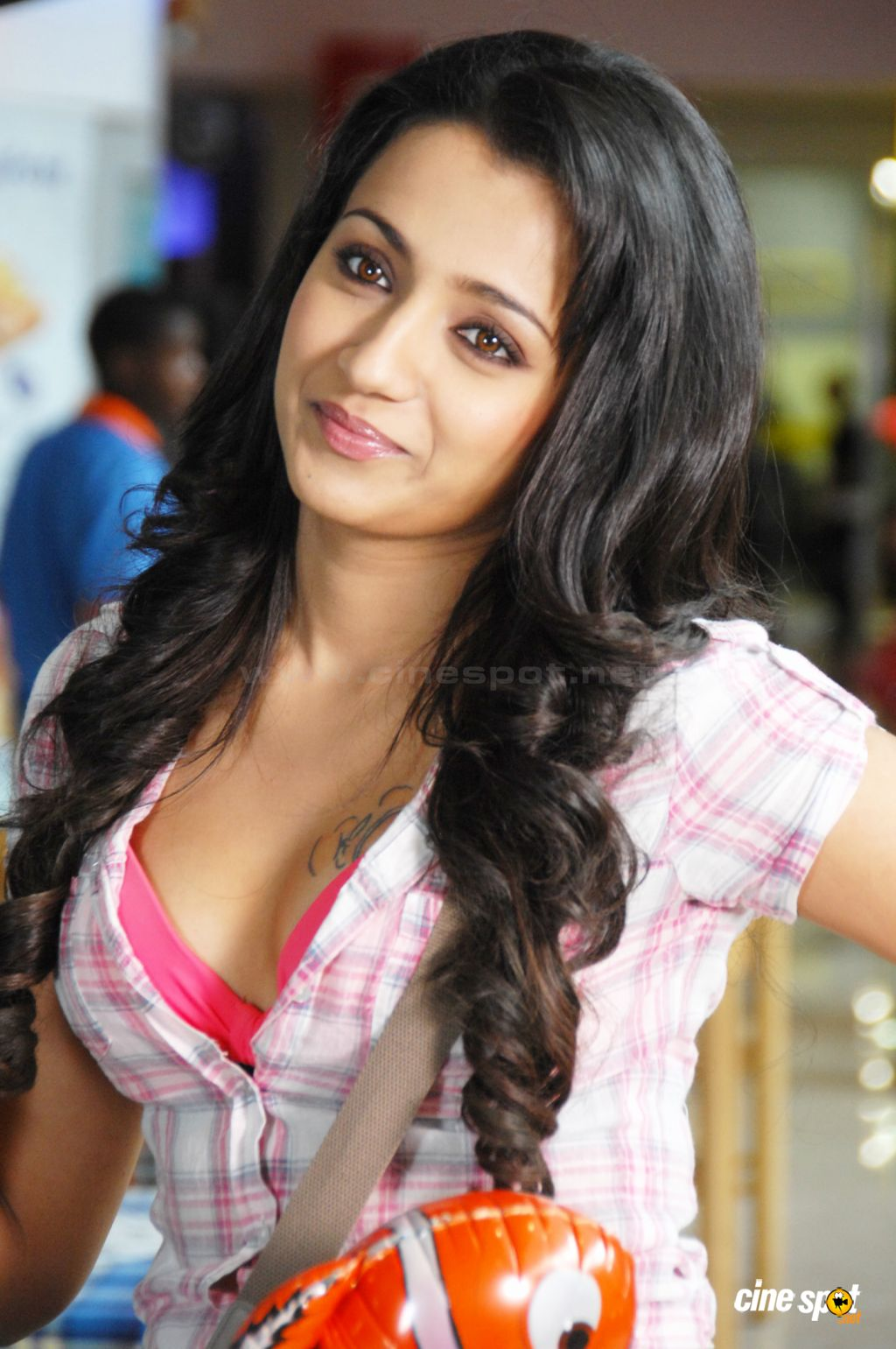 Trisha Hot Photos 9