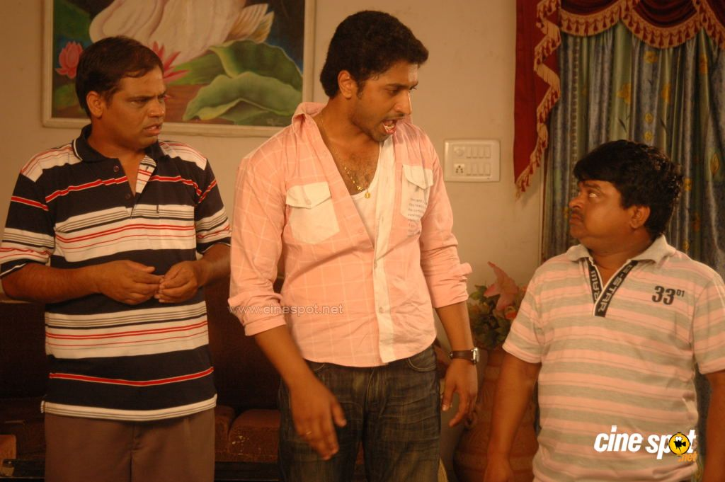 Chettu kinda pellikoduku Telugu Movie Photos Gallery (16)