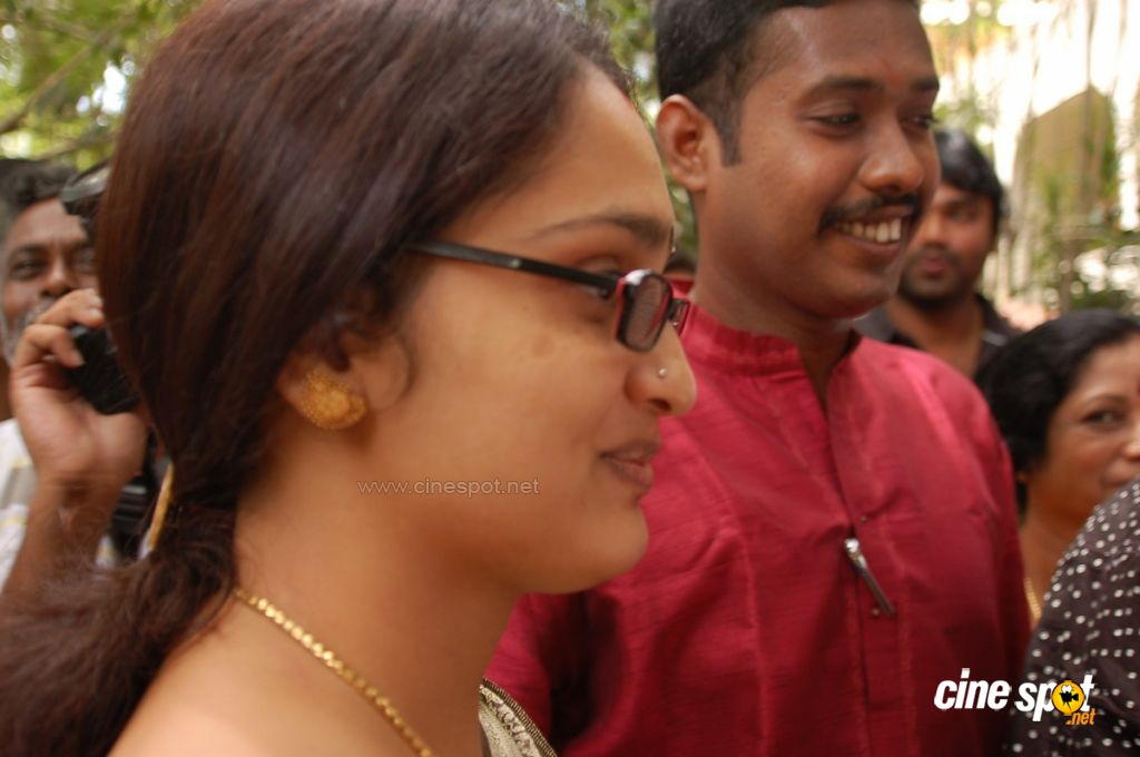 Vangikottai Vaaliban Movie Launch photos (22)