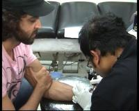 Hrithik Roshan gets Sussane's name tattooed on his wrist