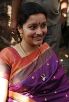 Renu Desai actress  Photos, stills,pics gallery