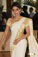 asin in kerala traditional saree photos (12)