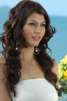 Sara Sharma new stills (2)