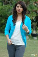 Sara Sharma new stills (8)
