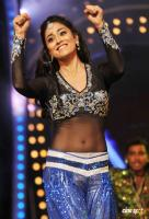 Shriya Saran Hot Dance Photos (3)