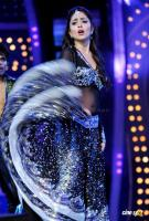 Shriya Saran Hot Dance Photos (5)