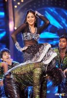 Shriya Saran Hot Dance Photos (7)