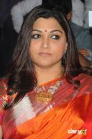 Kushboo in Saree at Mirchi Awards 2012 (4)