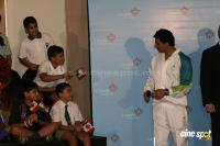 Akshay Kumar will carry Vancouver 2010 Olympic  Event Photos (5)