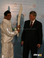 Akshay Kumar will carry Vancouver 2010 Olympic  Event Photos (8)