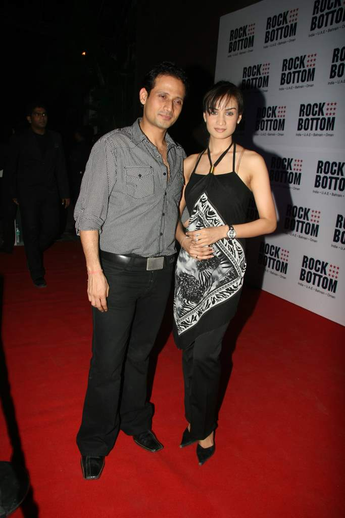 Aftab at Rock Bottom relaunch bash (81)
