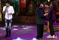 Rishi Kapoor & Neetu Singh On Set Of The Kapil Sharma Show (7)