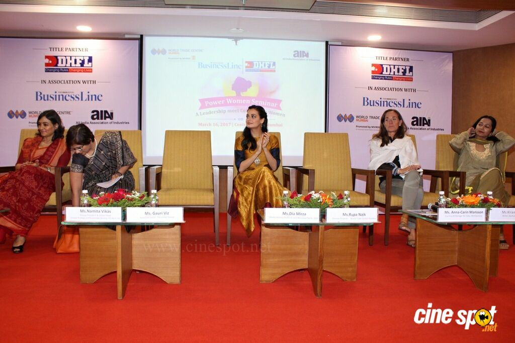 Attend Power Women Seminar To Celebrating Women (9)