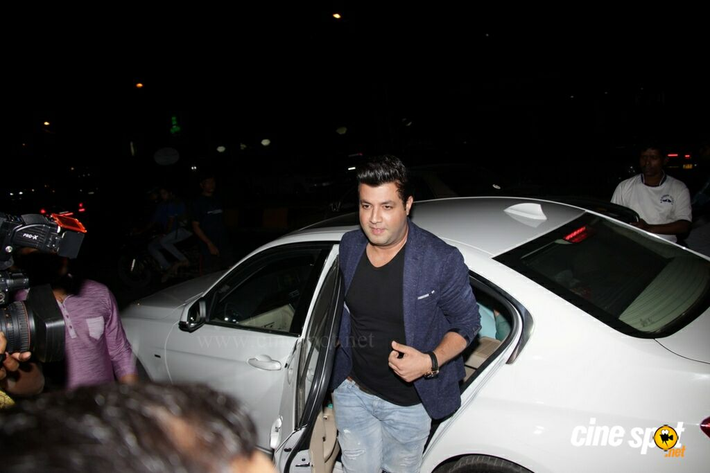 Badrinath Ki Dulhania Success Party (38)