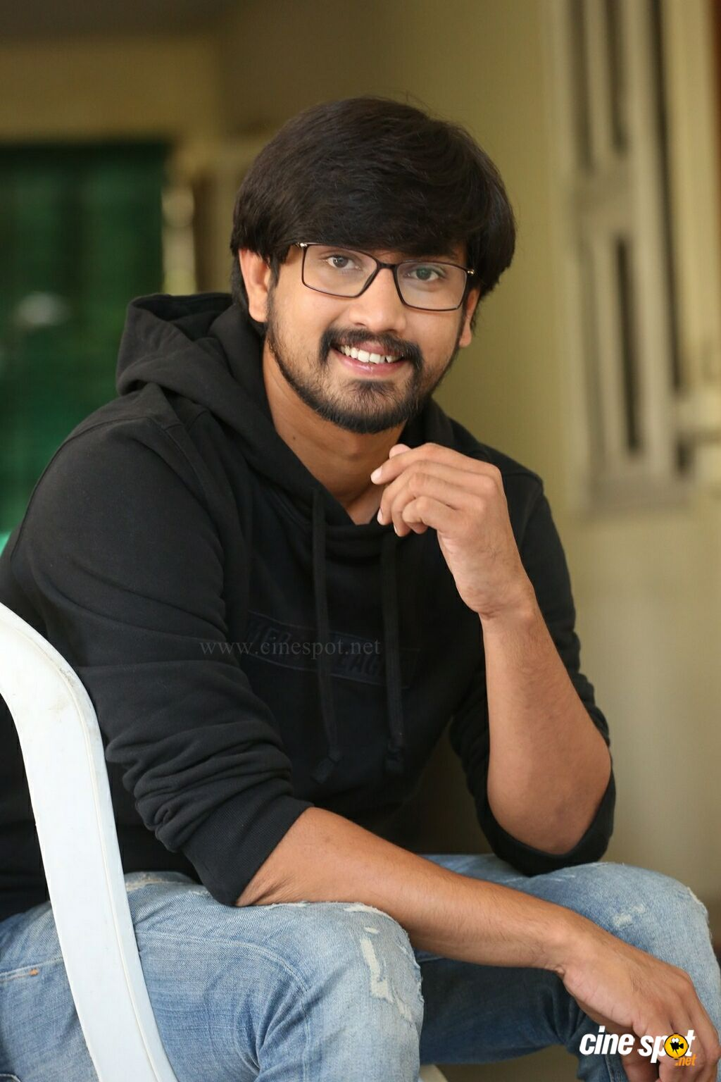 Iddari Lokam Okate Actor Raj Tarun Interview Photos (29)