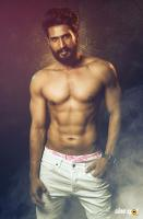 Vishal Six Pack Photos (3)
