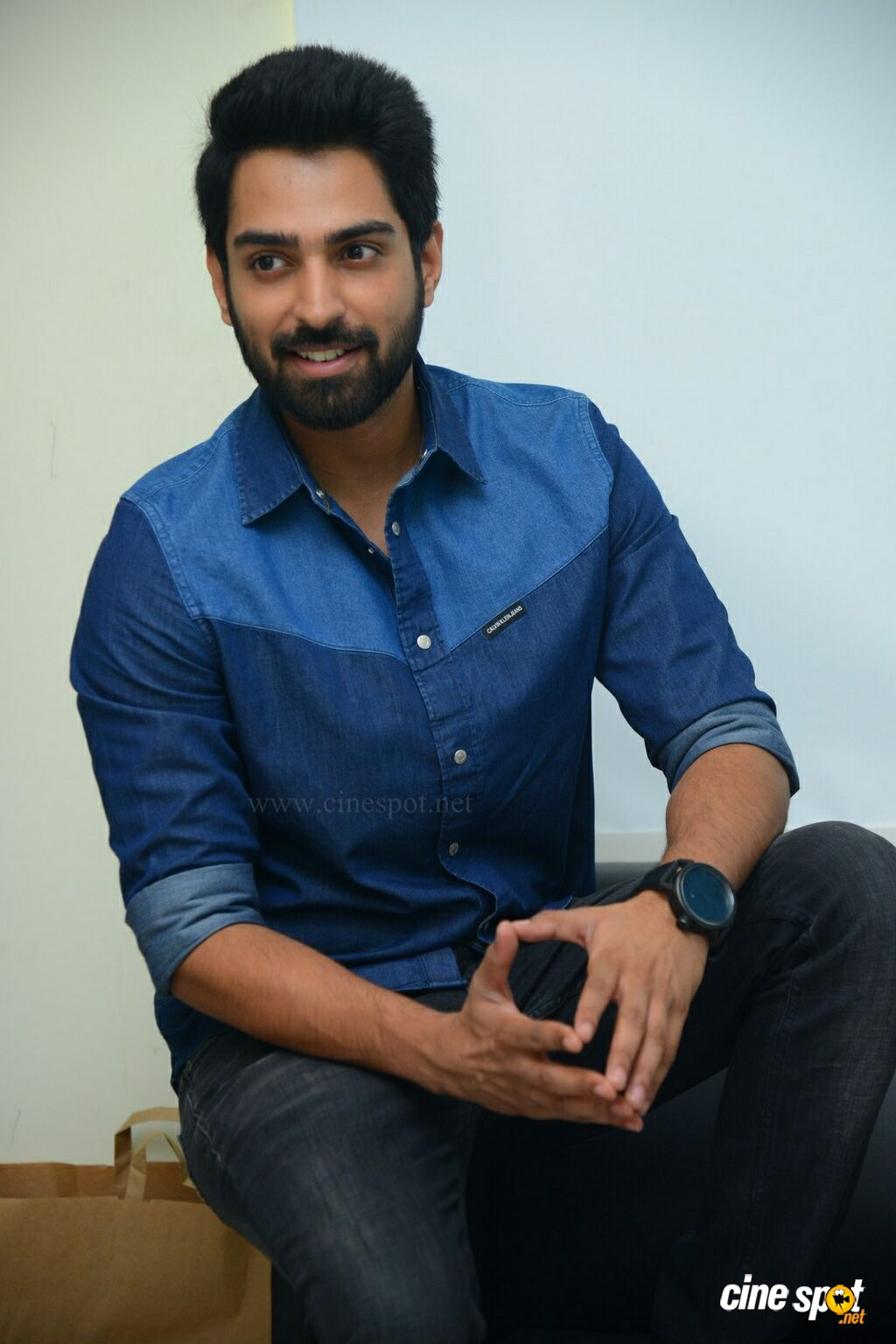 Choosi Choodangaane Hero Shiva Kandukuri  Interview Photos (13)